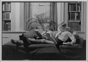 two_boys_reading